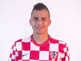 O lateral croata tem sido titular na Polónia. Twitter/LechiaGdanskSA