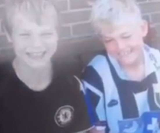 De Ligt (R) caused controversy after appearing in a Juve shirt as a kid. Instagram/MdeLigt_