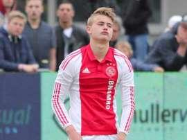De Ligt is Valverde's preferred option. Ajax