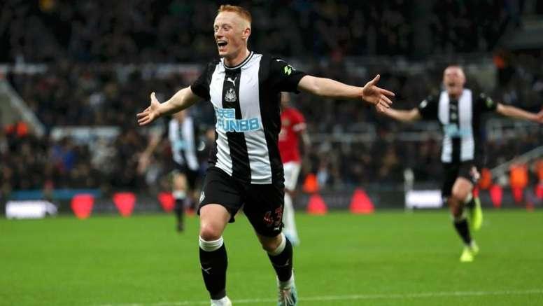 Newcastle veut prolonger Longstaff. Twitter/NUFC