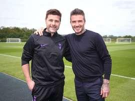 Beckham dropped into Spurs training. Twitter/Spurs_ES