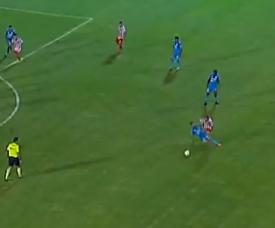 Lugo dejó a Belgrano con un jugador menos. Captura