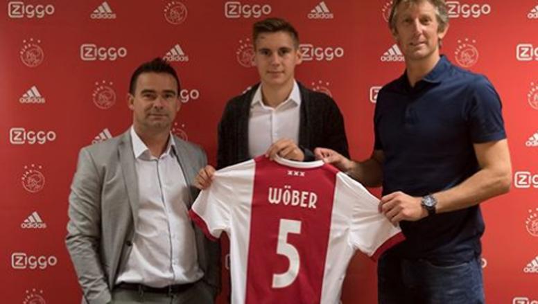 Wöber, rumbo a Sevilla. AJAX