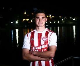 Maximiliano Lovera, nouveau joueur de l'Olympiacos. Twitter/Olympiacos