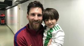 El hijo de Guardado, fan de Messi. Instagram