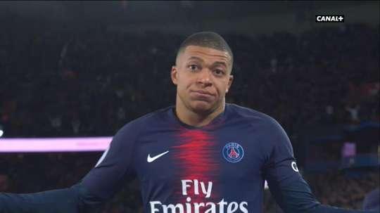 Mbappé celebrou o seu golo de maneira nunca antes vista. Captura/Canal+