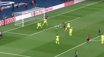 Mbappe blocked Di Maria's effort to safety. Screenshot
