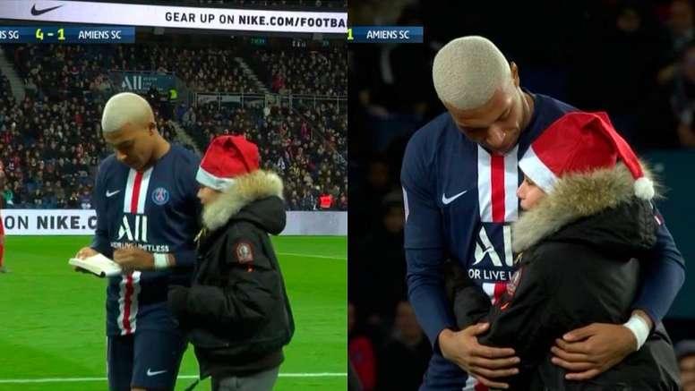 Mbappé, le père Noël du PSG. Capture/#Vamos