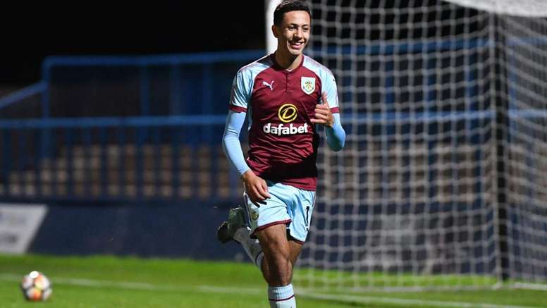 El Newcastle sigue interesado en McNeil. Burnley