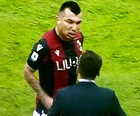 Medel was fuming after Bologna lost in injury time. Captura/SkySport