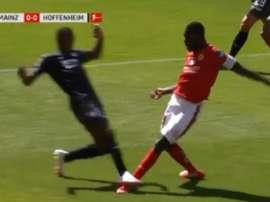 Bogarde est entré dans l'histoire de la Bundesliga. Capture/FOX Sports