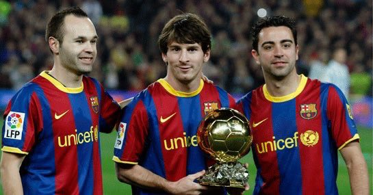 Messi, Xavi and Iniesta show off the Ballon d'Or. Twitter