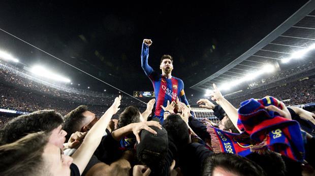 Una foto histórica. FCBarcelona/SantiGarcés