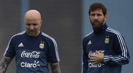 Desvelan las conversaciones entre Messi y Sampaoli en Rusia. AFP
