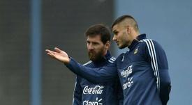En Francia señalan a Messi por el mal recibimiento a Icardi en el PSG. AFP