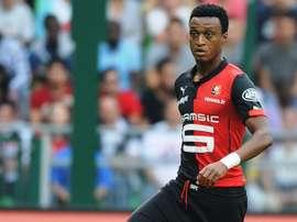 Mexer amplía su vinculación con el Rennes hasta junio de 2019. Twitter