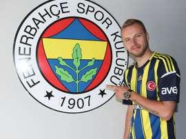 Kadlec regresa al club donde dio sus primeros pasos como profesional. Fenerbahçe