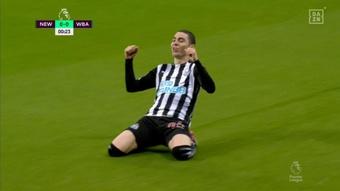 Almirón marcó en 19.98 segundos el segundo gol más rápido del Newcastle. Captura/DAZN
