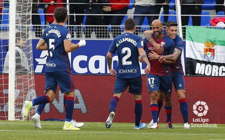 Mikel mantiene a la SD Huesca entre los ricos. LaLiga