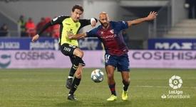 La SD Huesca frena la reacción del Tenerife. LaLiga