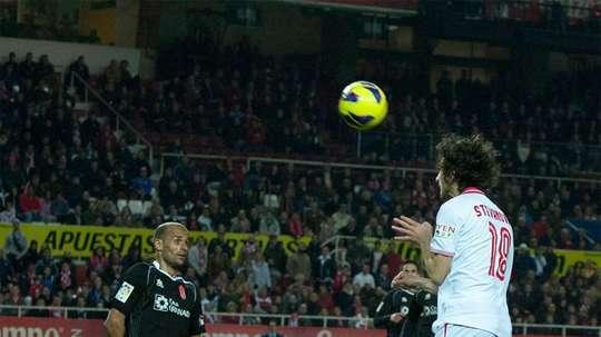 Miroslav Stevanovic, ex del Sevilla, jugará en la liga bosnia. Twitter