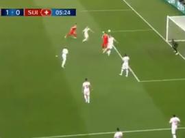 Mitrovic a marqué de la tête. Capture