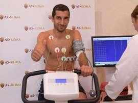 Mkhitaryan passe sa visite médicale avec l'AS Roma. Twitter/OfficialASRoma