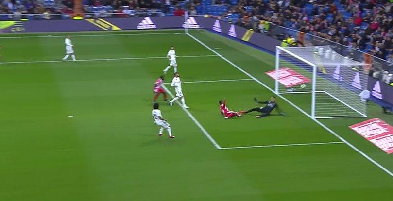 Solari encense Benzema — Real Madrid