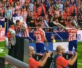 Trippier is on Atletico Madrid fans' good side. Screenshot/Lauragtemprano