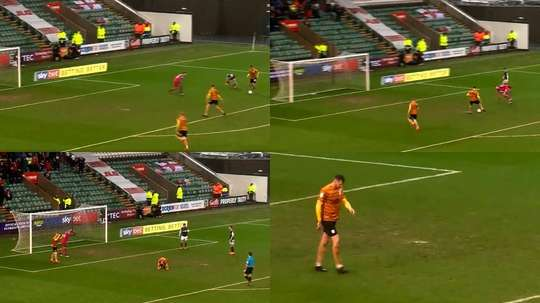 Chris Porter missed an open goal for Crewe at Plymouth. Captura