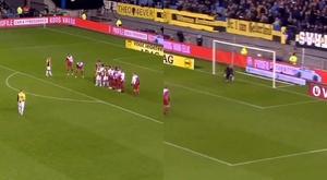 Odegaard anotó el segundo gol del Vitesse. Captura/Eredivisie