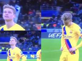 A tristeza de De Jong ao ver o Ajax eliminado. Captura/Movistar