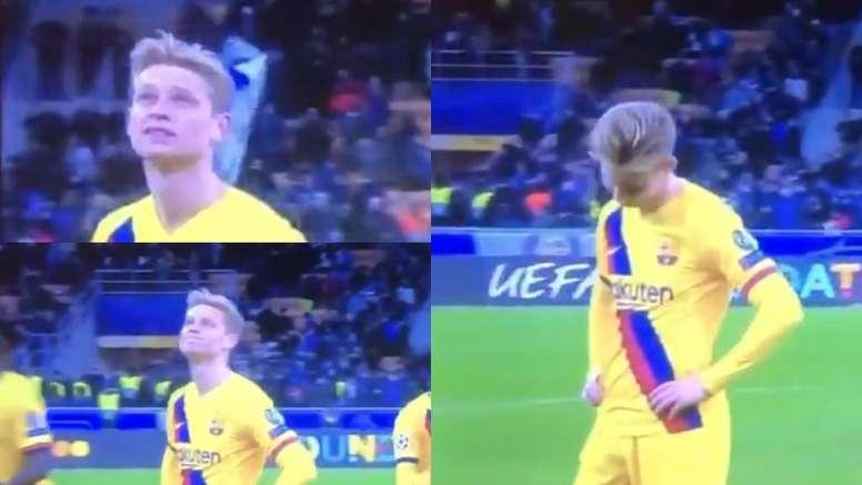 La tristeza de De Jong al conocer la eliminación del Ajax. Captura/Movistar