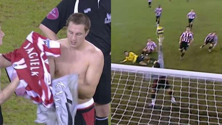 El día que Jagielka tuvo que ser portero ante el Arsenal. Capturas/PremierLeague