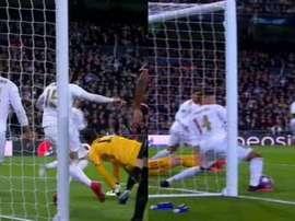 Casemiro et Valverde évitent le CSC de Ramos. Movistar/LigadeCampeones