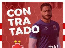 Montaje de bienvenida de Vila Nova a Wendell, su nuevo portero. VilaNovaFC