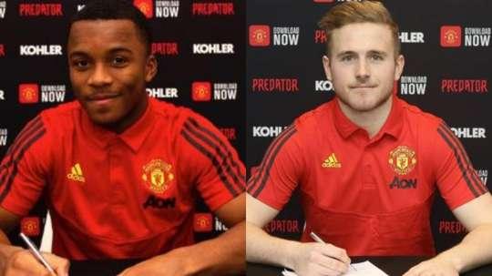 Manchester United prolonge deux espoirs du club. AFP
