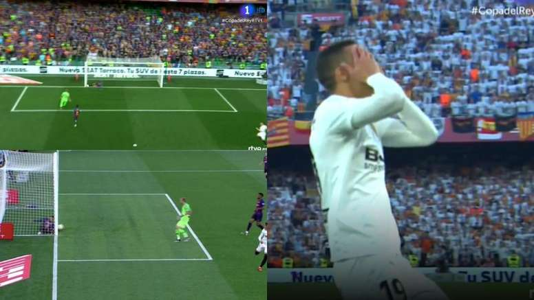 Pique made a brilliant stop to prevent Rodrigo scoring. Captura/TVE