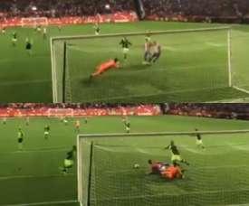 Alvaro Jiménez evitó el segundo del Sporting. Captura/LaLigaTV