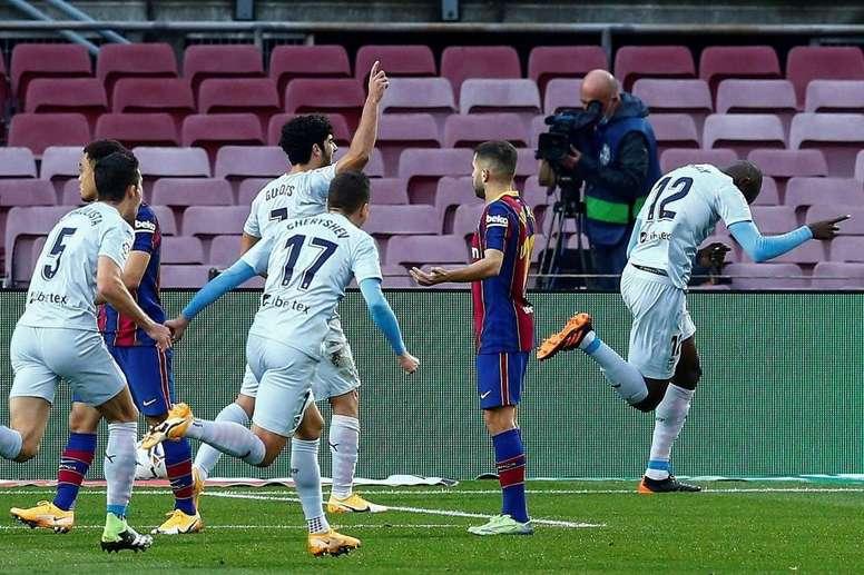 Ce Barça a déjà encaissé autant de buts sur corner que sur les 3 dernières saisons réunies. EFE