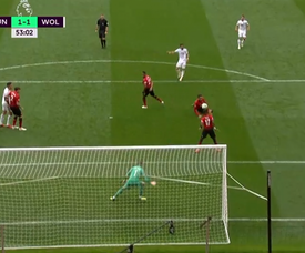 Moutinho equalized for Wolves with a superb finish. Captura/NBC