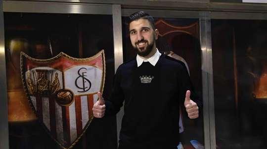 Dabbur, otro delantero para el Sevilla. SevillaFC