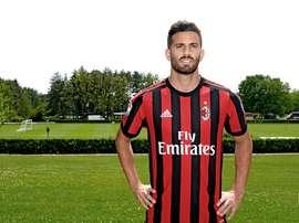 Musacchio podría vestir los colores del Genoa. ACMilan