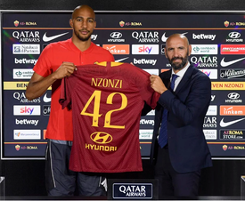 N'Zonzi completes his move to Roma. ASRoma