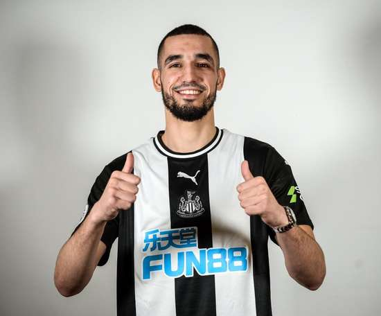 Bentaleb s'engage avec Newcastle.  Twitter/NUFC