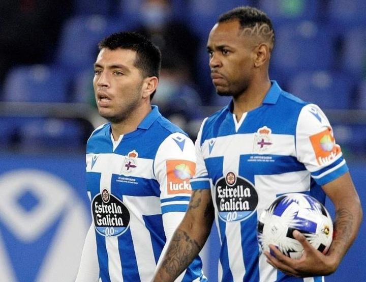 Diego Rolán y Cartabia, como salvavidas. EFE