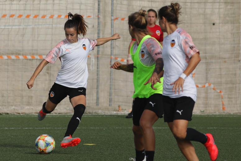 Il calcio femminile verso lo sciopero. VCF Femenino