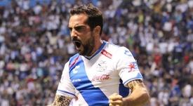 Navarro firmó un triplete para darle una épica victoria a su equipo. ClubPuebla