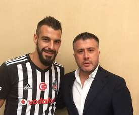 Negredo joins Besiktas. Twitter/Besiktas