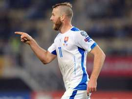 Nemec celebra un gol con Eslovaquia. UEFA